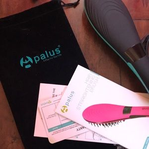 apalus Accessories - Apalus Hair Straightening Brush full set like new